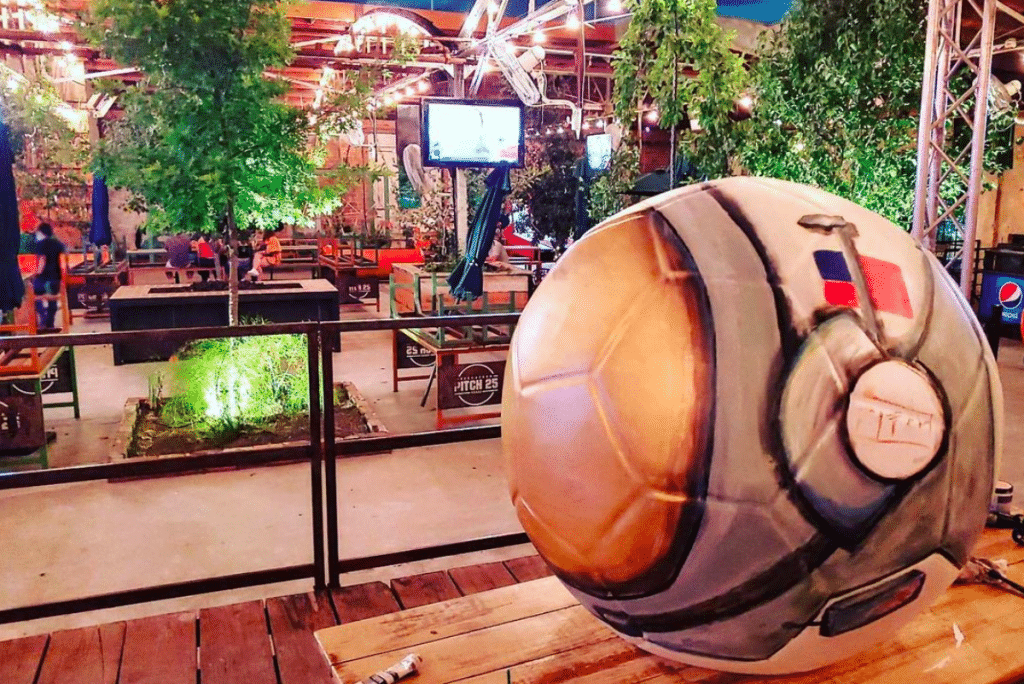 This Houston Beer Park Is The Go-To For Soccer Hooligans • Pitch 25