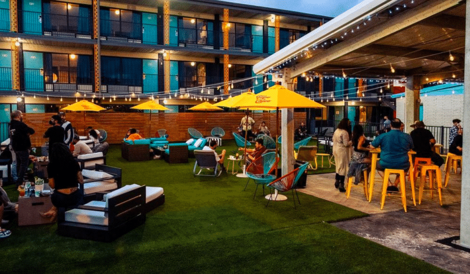 5 Poolside Bars In Houston To Dive Into This Summer
