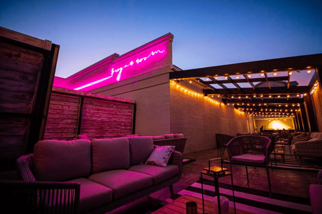 10 Of The Best Themed Bars And Restaurants In Houston