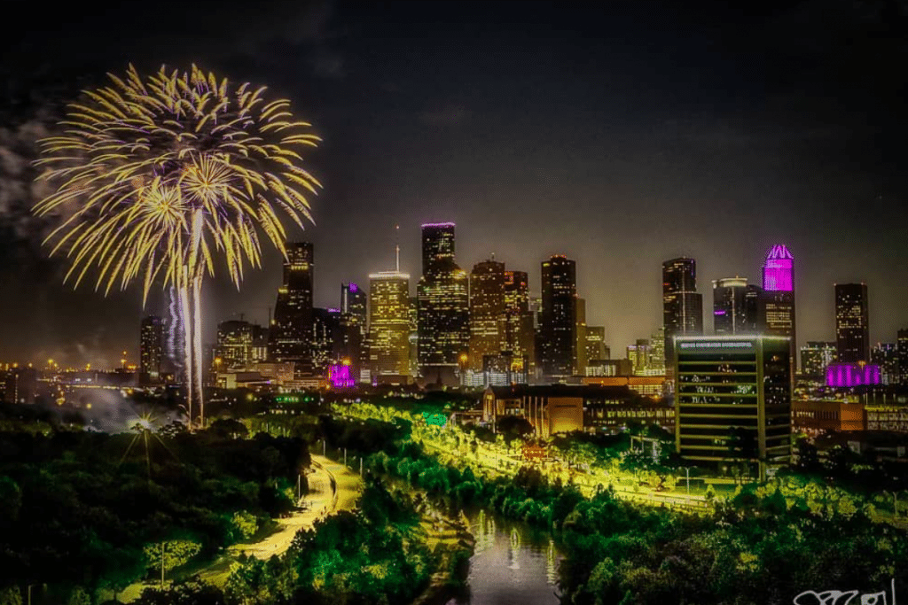Where To Watch Fireworks This Fourth Of July Weekend In Houston