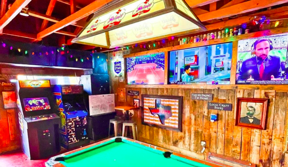 10 Of The Best Sports Bars In Houston