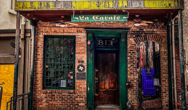 This Candlelit Wine Tavern In Downtown Houston Is Nestled In The Oldest Building In The City