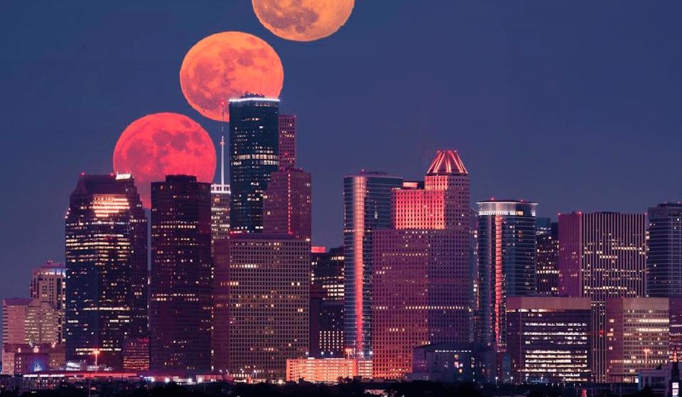 A Big & Bright 'Harvest Moon' Will Light Up Houston Skies Tonight